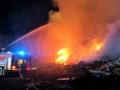 Požár skládky u obce Uhy zaměstnal hasiče z celého okresu (Foto: hasiči SŽDC)