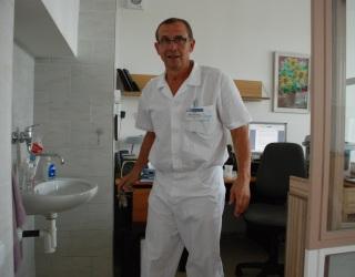 Primář gynekologie Petr Ullrych získal velící stanoviště dočasně v bývalé kanceláří JIPu (Foto: KL)