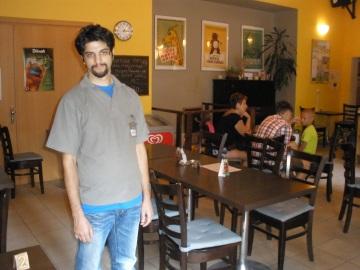 Kavárna si na sebe musí vydělat sama (Foto: KL)