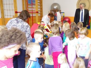 Hračky putovaly z věznice přímo do mateřské školy