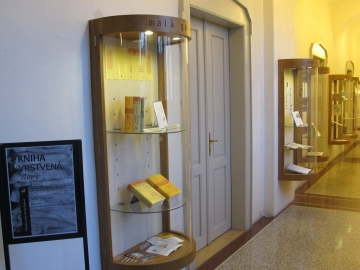 Středočeská vědecká knihovna zve na výstavu prací výtvarnice Terezy Šormové