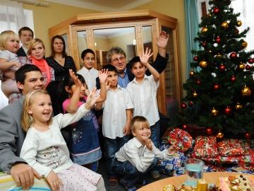 Děti z dětského domova v Ledcích představí své výrobky na vánoční výstavě (Ilustrační foto: kr-stredocesky.cz)