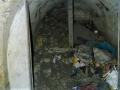 Protiletecký kryt v Kladně pohřbilo parkoviště (Foto: Jiří Suchomel)