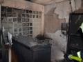 Kvůli požáru museli klienti opustit domov seniorů v Unhošti na Kladensku (Foto: HZS Středočeského kraje)