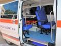 Kladenská nemocnice má tři nové sanitky (Foto: Hana Senohrábková)