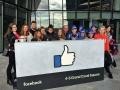 Facebook, Dublin: Sedmáci ze 3. ZŠ Slaný, učitelka Soňa Hamzová, Real Estate Manager Facebooku Richard Phelan (Foto: Anna Liprtová)