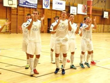 Kladenští futsalisté s právem v Plzni zatleskali (Foto: KL)