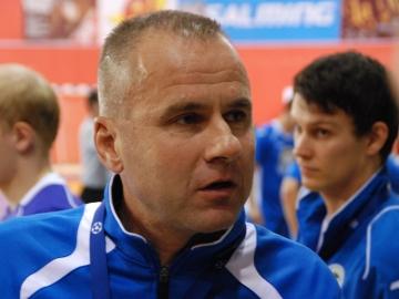 Trenér Petr Hlaváč věří, že svůj tým na Teplické připraví tak, aby odjížděli z Kladna se svěšenou hlavou (Foto: KL)