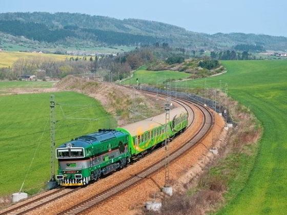 vlak-top