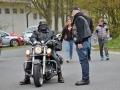 Jarního zahřátí výfuků ve Stochově ze zúčastnily stovky motorkářů (Foto: Jitka Krňanská - KL)
